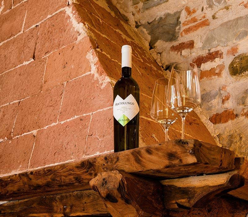 Dettaglio_bottiglia_vino